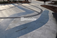 A beautiful representation of the Mississippi and Missouri River confluence is on display outside of the St. Louis Aquarium and was installed by our associate Musselman & Hall Contractors using Bomanite Revealed decorative concrete to create a river of glass with a durable, architectural finish.